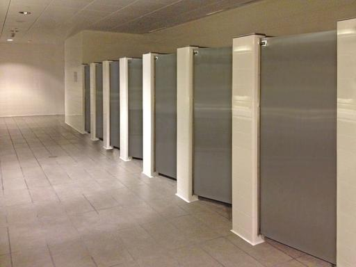 Tips For A Successful Restroom Stall Layout Design - Public bathroom partitions